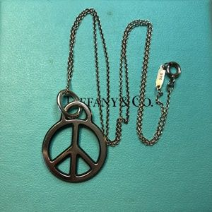 """Tiffany Sterling silver Peace Sign Necklace 17"""""""